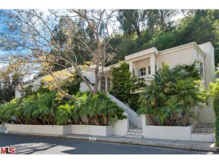 1323 Shadybrook Beverly Hills, CA 90210